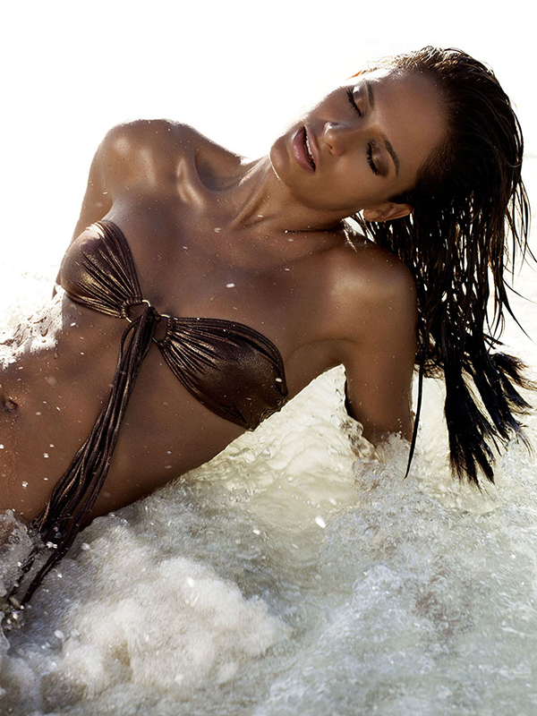 Michelle-Holden-Photographer-Maldives-Golden-Girl-5